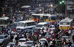 Giải 'bài toán' thu phí phương tiện vào nội đô Hà Nội -Bài 2: Khuyến khích người dân sử dụng phương tiện công cộng