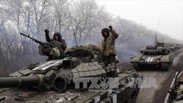Binh sĩ Ukraine tại Debaltsevo ra hàng vì đói, rét