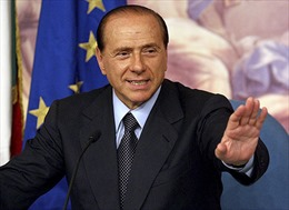 Cựu Thủ tướng Berlusconi trắng án trong bê bối tình dục