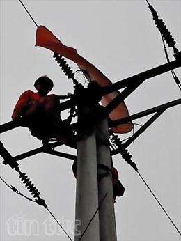 Báo động mất an toàn hành lang lưới điện ở Nam Định