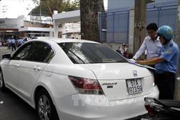 Tạo điều kiện cho taxi Uber hoạt động đúng quy định