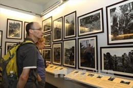 Triển lãm ảnh 'Ký ức những con đường trong chiến tranh'