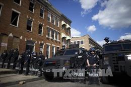 Nhiều đối tượng vi phạm lệnh giới nghiêm tại Baltimore