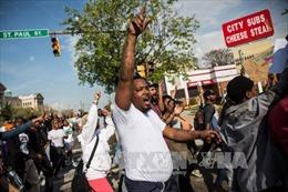 Mỹ dỡ bỏ lệnh giới nghiêm tại Baltimore