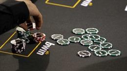 Thẻ tín dụng của Lầu Năm Góc bị sử dụng để đánh bạc, mua dâm
