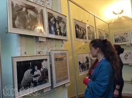 Triển lãm ảnh về Chủ tịch Hồ Chí Minh tại Ukraine