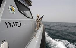 Tàu cứu trợ Iran vào vùng biển Yemen