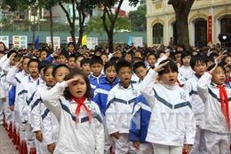 Hà Nội đồng loạt thực hiện chào cờ, hát Quốc ca đầu tuần
