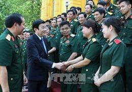Chủ tịch nước gặp mặt cán bộ, giảng viên Học viện Hậu cần