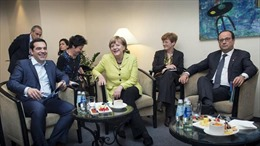 EU và Hy Lạp đang chơi trò gì?