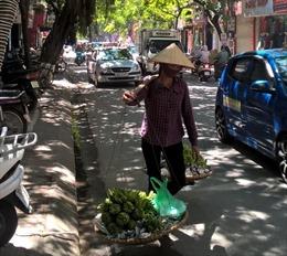 Người lao động di cư khó tiếp cận BHYT, BHXH