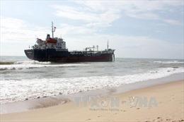 Đà Nẵng: Một tàu hàng bị mắc cạn trên vùng biển Nam Ô