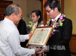 Việt Nam xếp thứ 5/104 đoàn dự Olympic Toán quốc tế 2015