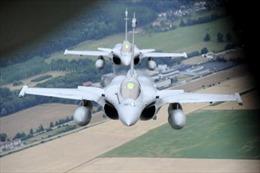 Pháp giao 3 máy bay chiến đấu Rafale cho Ai Cập