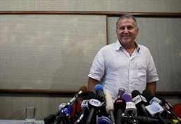 Cựu ngôi sao bóng đá tranh cử chức Chủ tịch FIFA