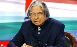 Điện chia buồn nguyên Tổng thống Ấn Độ từ trần