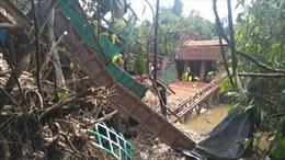 Xe quá tải gây sập cầu tại Tây Ninh