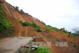 Nguy cơ rất cao xảy ra lũ quét ở Cao Bằng, Trung Bộ nắng nóng kéo dài đến 21/5