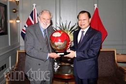 Phó Thủ tướng Vũ Văn Ninh tiếp Đặc phái viên Thủ tướng Anh