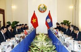 Tiếp tục các hoạt động của Thủ tướng tại Lào