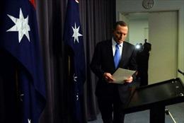 Thủ tướng Australia đối mặt với thách thức từ chức