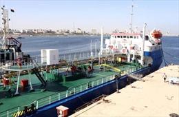 Libya bắt giữ tàu chở dầu treo cờ Nga