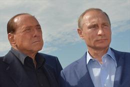 Ukraine cấm ông Berlusconi nhập cảnh 3 năm vì thăm Crimea
