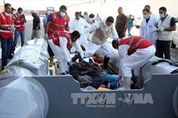 Italy cứu hơn 4.000 người di cư trong một ngày