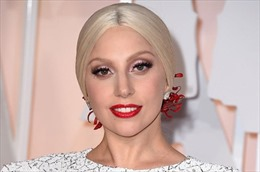 """Lady Gaga giành danh hiệu """"Người phụ nữ của năm"""""""