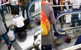 Bé trai tử vong do mắc kẹt thang cuốn ở Trung Quốc