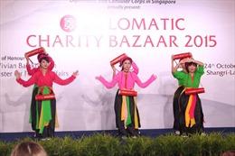 Việt Nam tham gia gây quỹ từ thiện ngoại giao đoàn tại Singapore