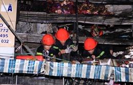 Cháy công ty gỗ do nổ điện, công nhân tháo chạy