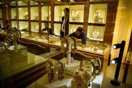 """Kế hoạch """"Tiền tệ hóa vàng"""" của Ấn Độ lại gặp khó khăn"""