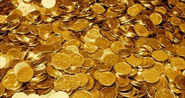 Giá vàng giảm, giá dầu thế giới bật tăng mạnh
