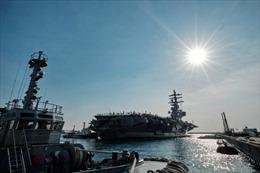 Siêu tàu sân bay Mỹ thăm cảng Hàn Quốc