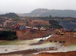 Tin thất thiệt đập thượng nguồn sông Hương vỡ khiến dân hoảng loạn