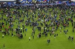 Giây phút hoảng loạn trên sân Stade de France