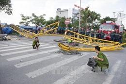 Họp báo về vụ việc đổ tháp cẩu tại Hải Phòng