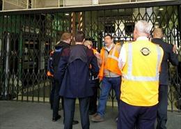 Sơ tán ga tàu điện ngầm London vì lý do an ninh