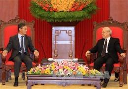 Tổng Bí thư Nguyễn Phú Trọng tiếp Đại sứ Lào