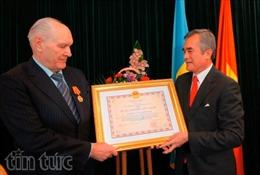 Việt Nam trao tặng Huân chương Hữu nghị cho công dân Ukraine