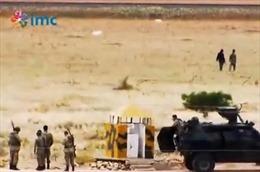 Lộ video nghi lính Thổ Nhĩ Kỳ thân mật với IS