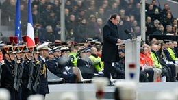 Tổng thống Pháp đến Syria thăm tàu Charles de Gaulle