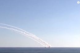 Tàu ngầm Kilo Nga lần đầu tiên phóng tên lửa tấn công IS