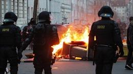 Cảnh sát Đức đụng độ dữ dội người biểu tình
