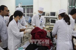 Tận tình cứu chữa 22 người gặp nạn trên cao tốc Nội Bài - Lào Cai