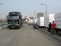 Quyết liệt đấu tranh không để điểm nóng về buôn lậu
