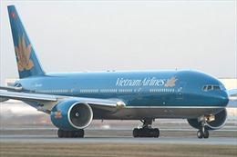 Máy bay Vietnam Airlines bị xịt lốp đã hạ cánh an toàn