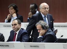 2016: Chờ xóa tan đám mây đen bao phủ FIFA