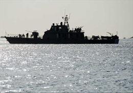 Iran bắt giữ 10 lính hải quân Mỹ